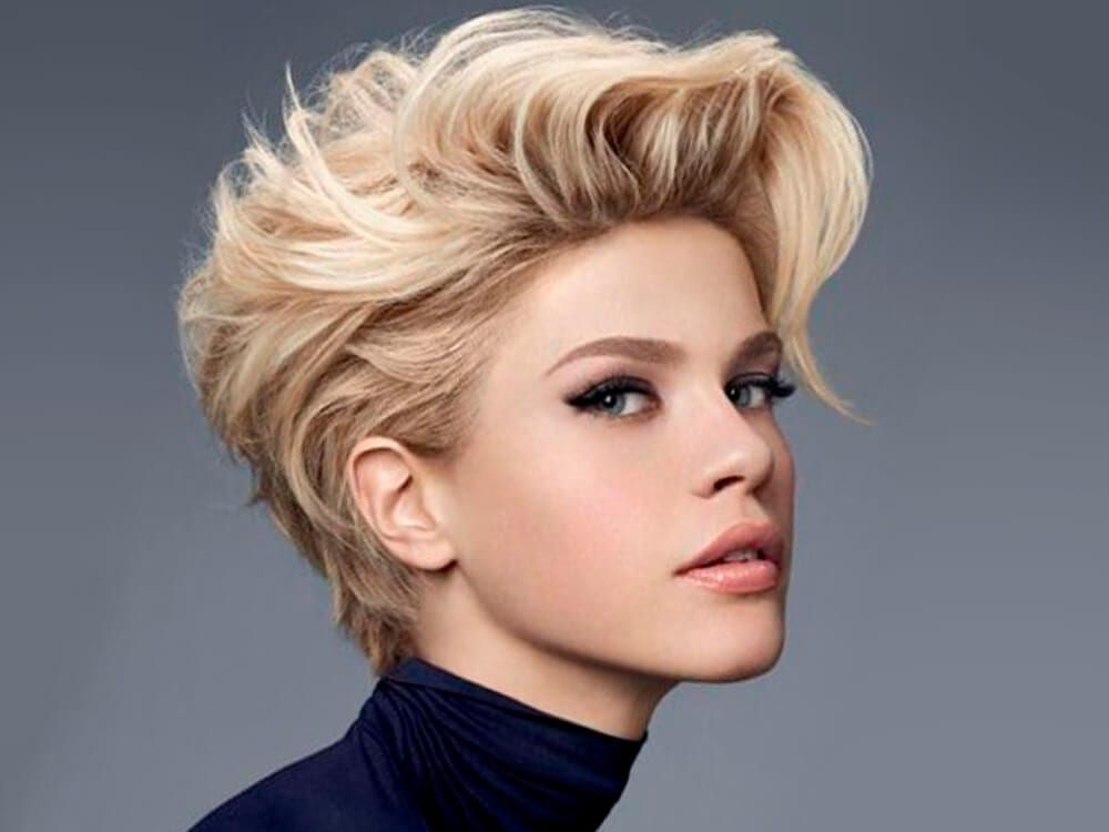 Women In Short Hair and hair color ideas