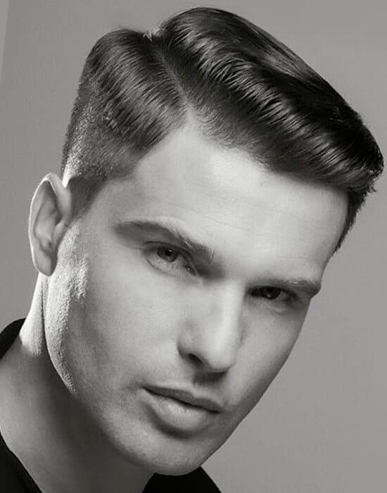 Contrast weight line haircut