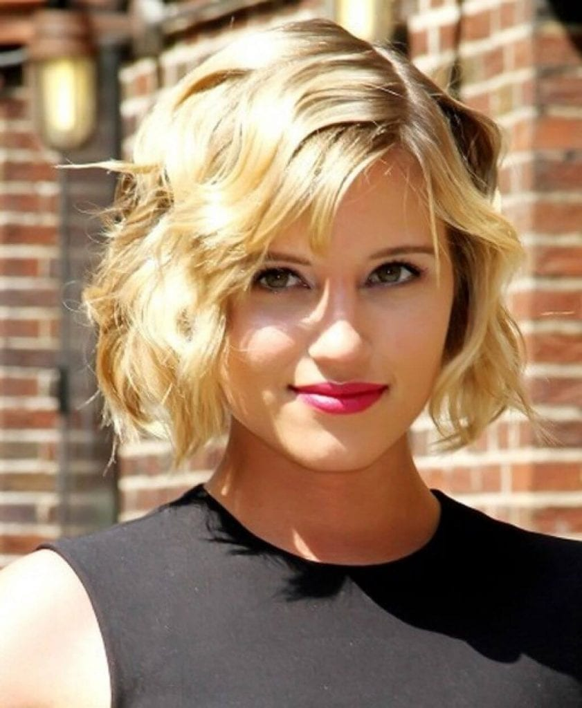 Short Hairstyles For Women Straight Hair and very easy