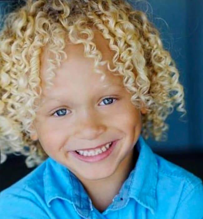 Boys' haircut for natural curls