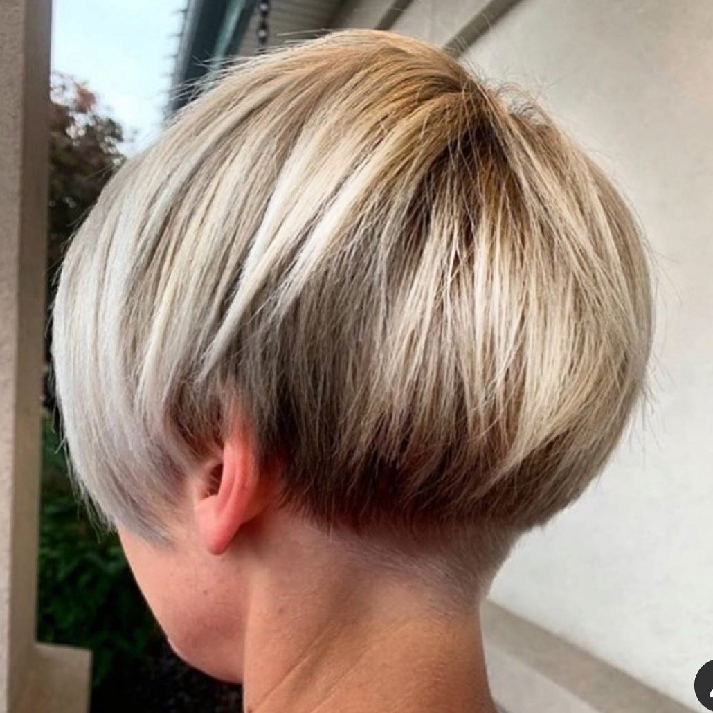 Short Undercut Hairstyle for Bob Hair