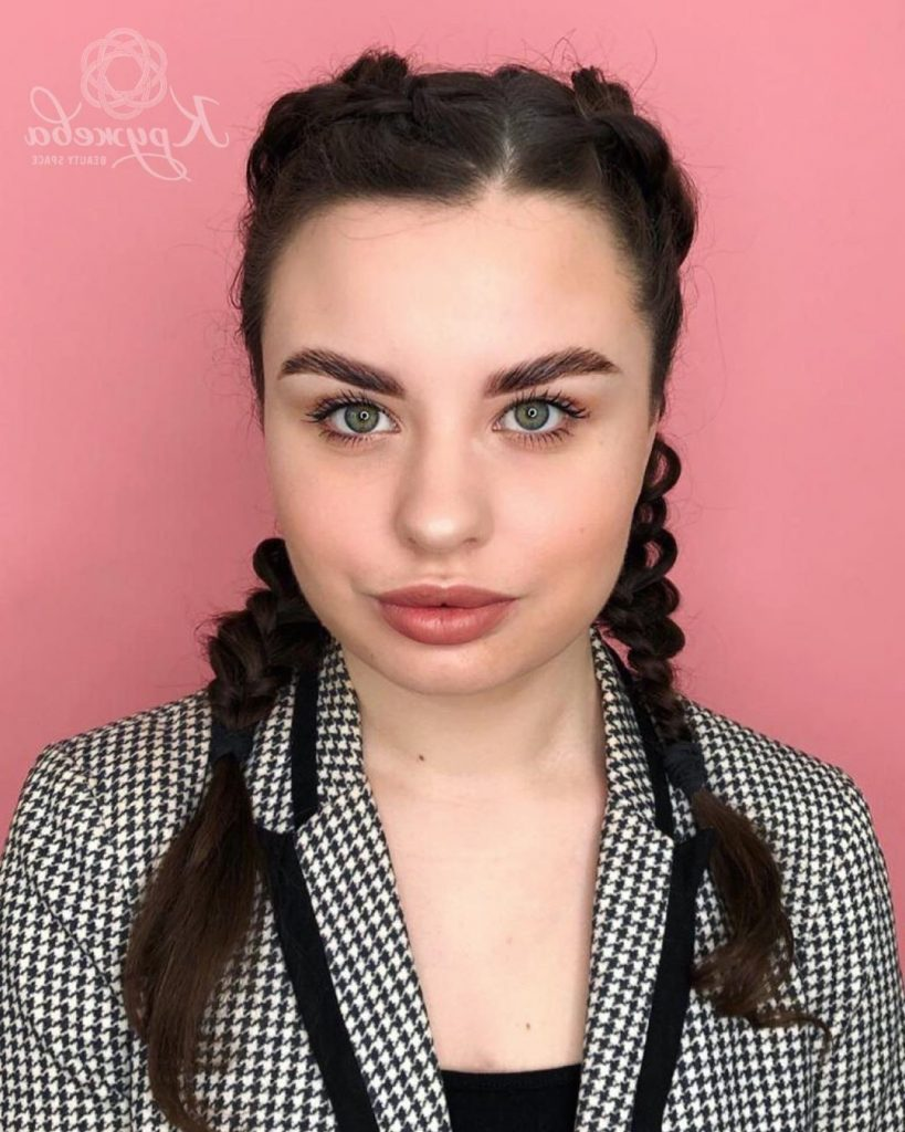 ponytail hairstyle for curled black hair