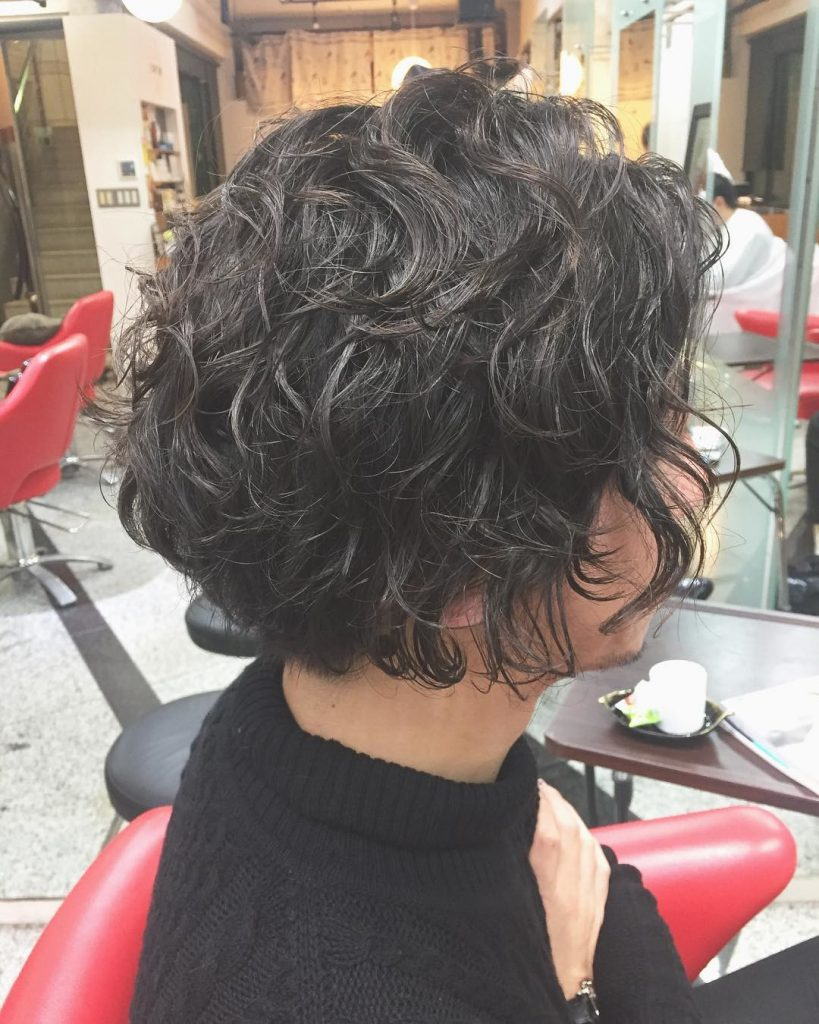short curled bob for black hair