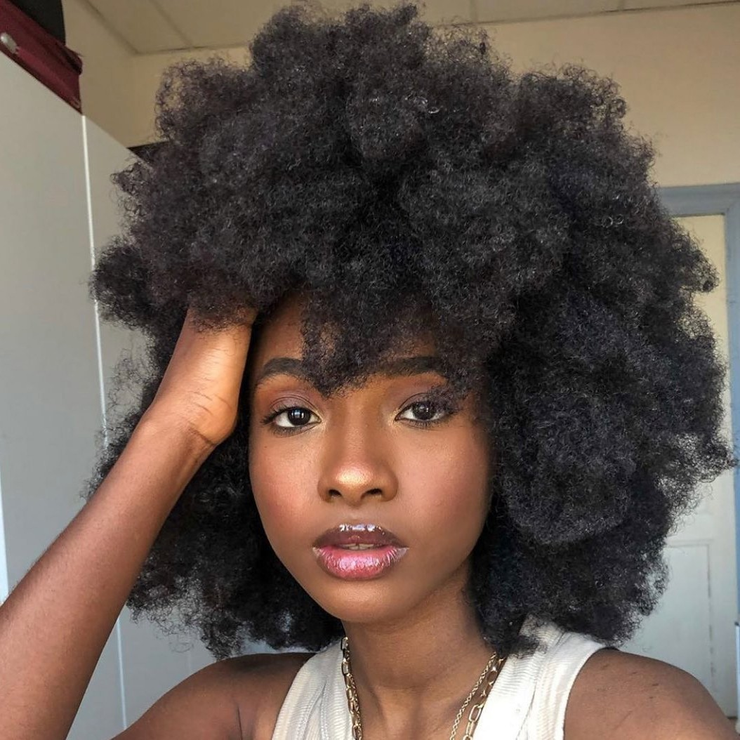 Great Curled Haircut for Medium-Length Hair