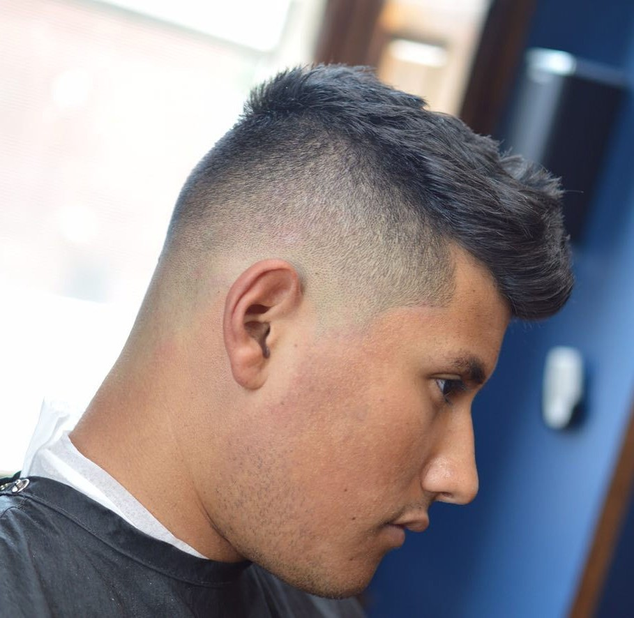 Great Short Undercut for You to Look Different