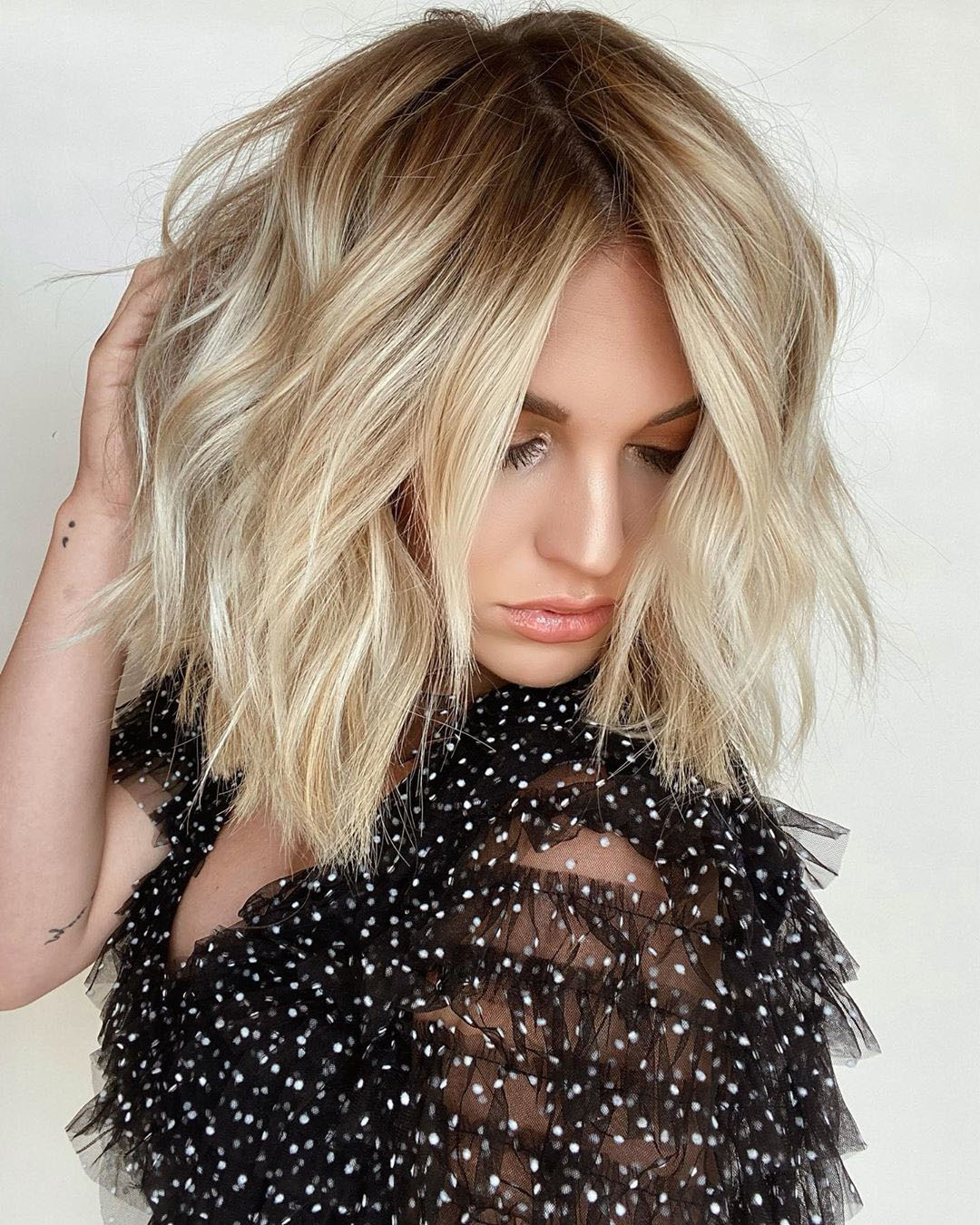 Long Wavy Bob with Side Bangs