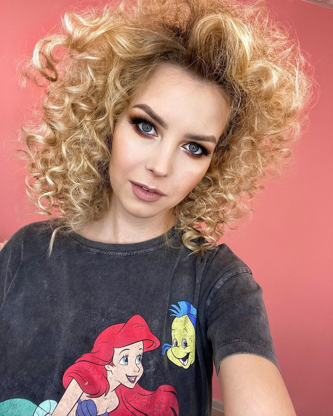 Short Blonde Hairstyle for Curly Hair
