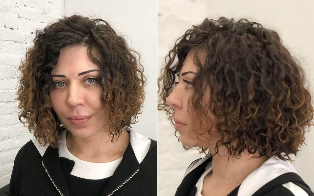 Short Curled Bob Hairstyle for Summer Season