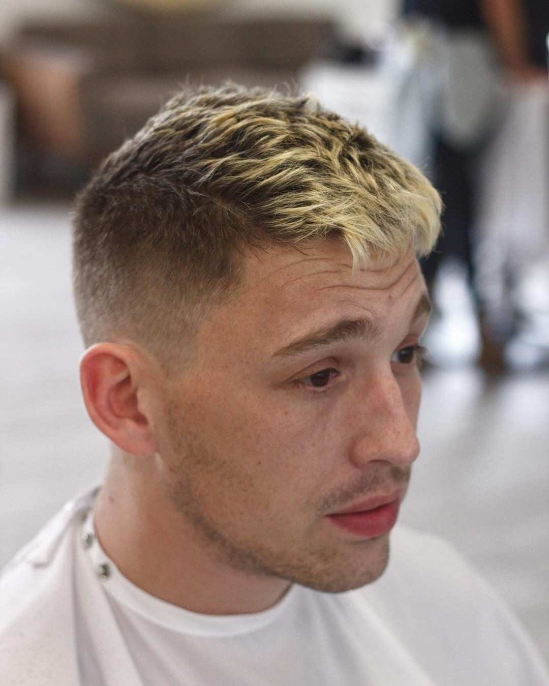 Short Messy Hairstyle for Blonde Guys