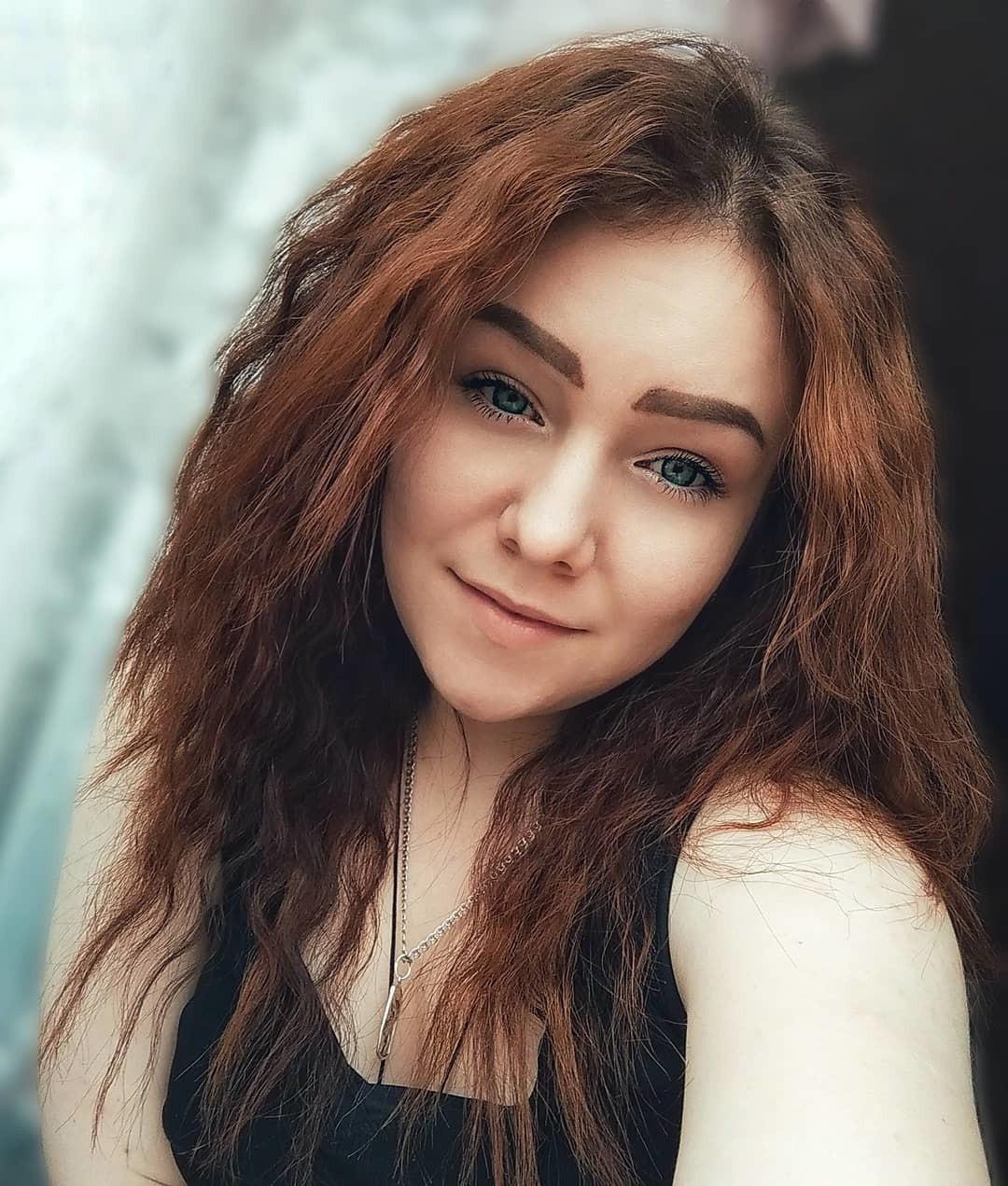 Shoulder-Length Haircut for Natural Dark Brown Hair