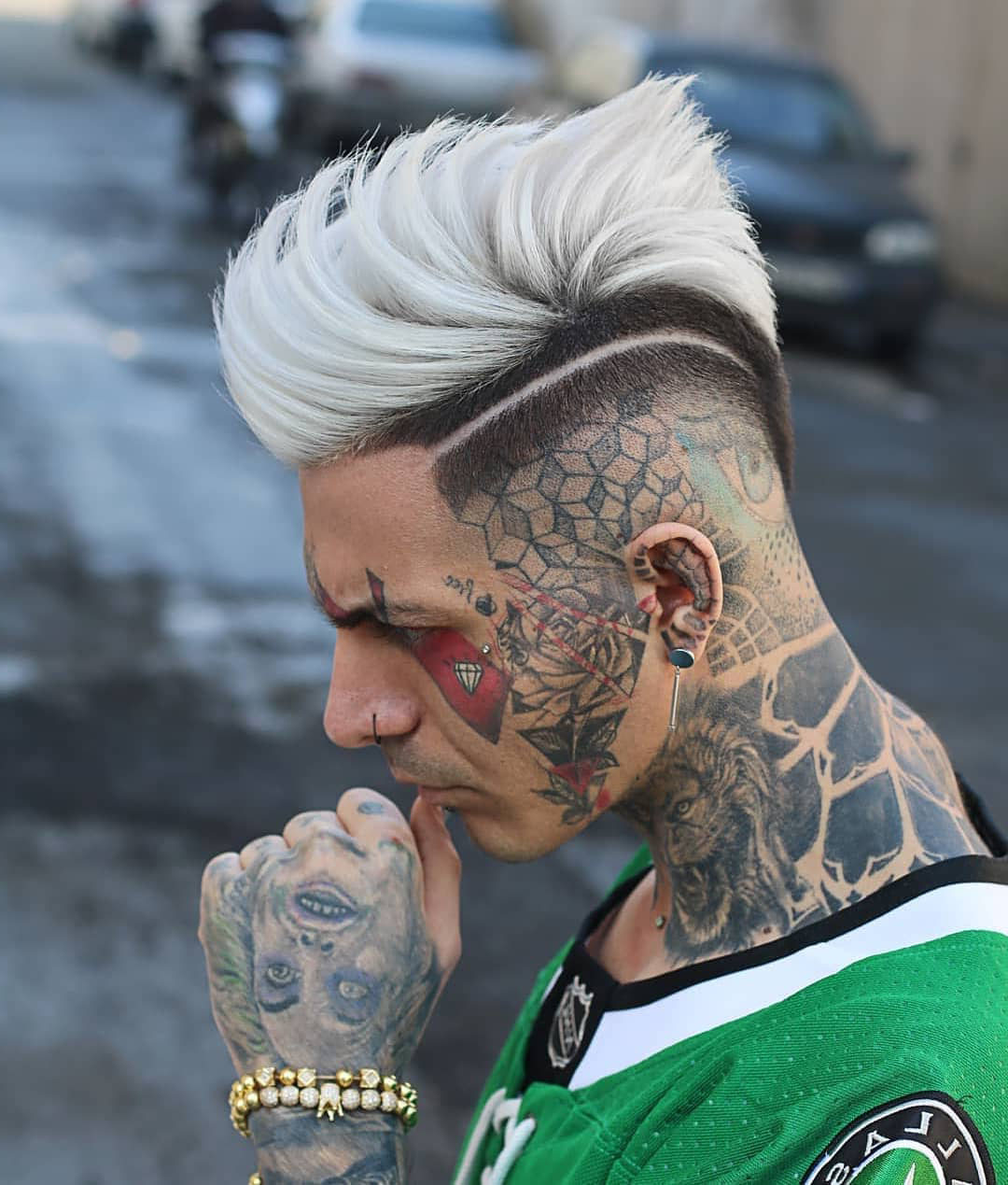 Disconnected Undercut Design Hairstyle with Blonde Hair