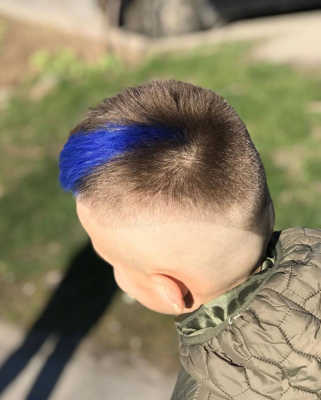 Skin Fade Undercut with Blue Line - back side view