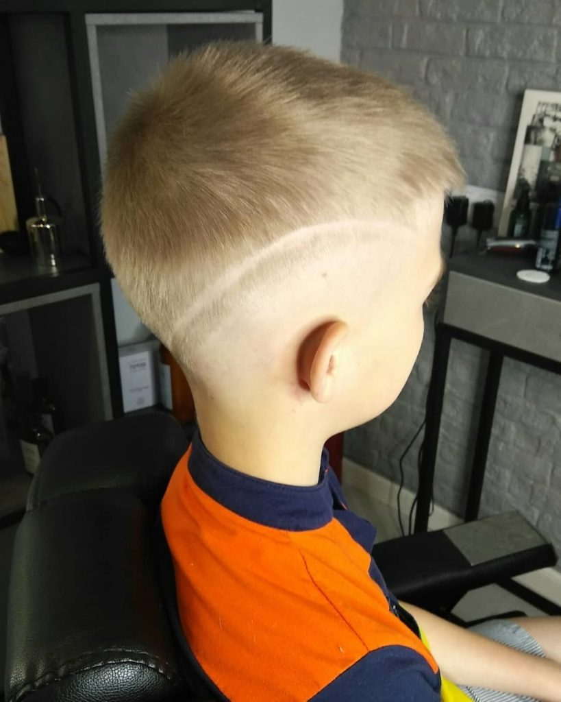 Undercut Design with Long Zig Zag Line for Kids - right side view