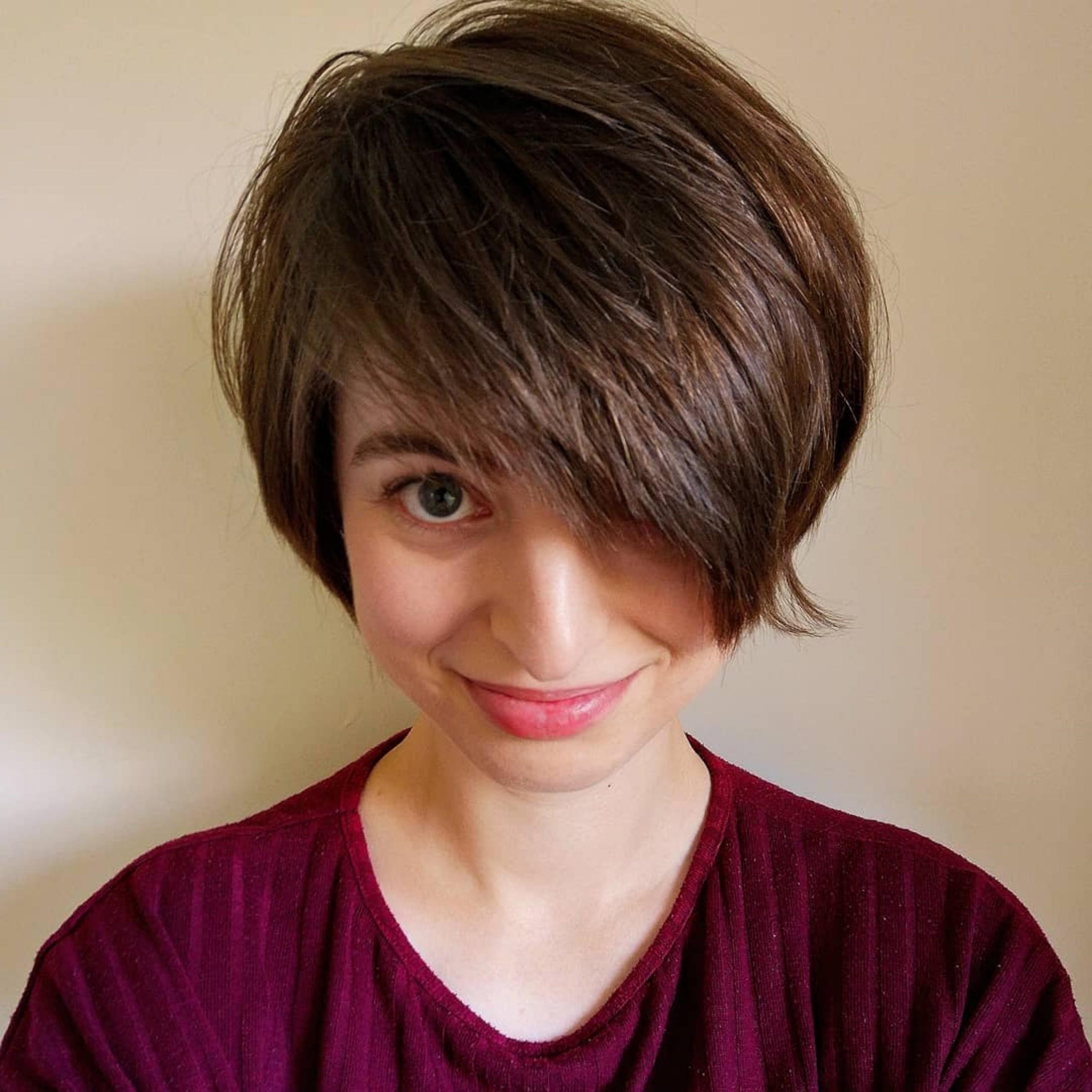 A copper pixie haircut for short hair.