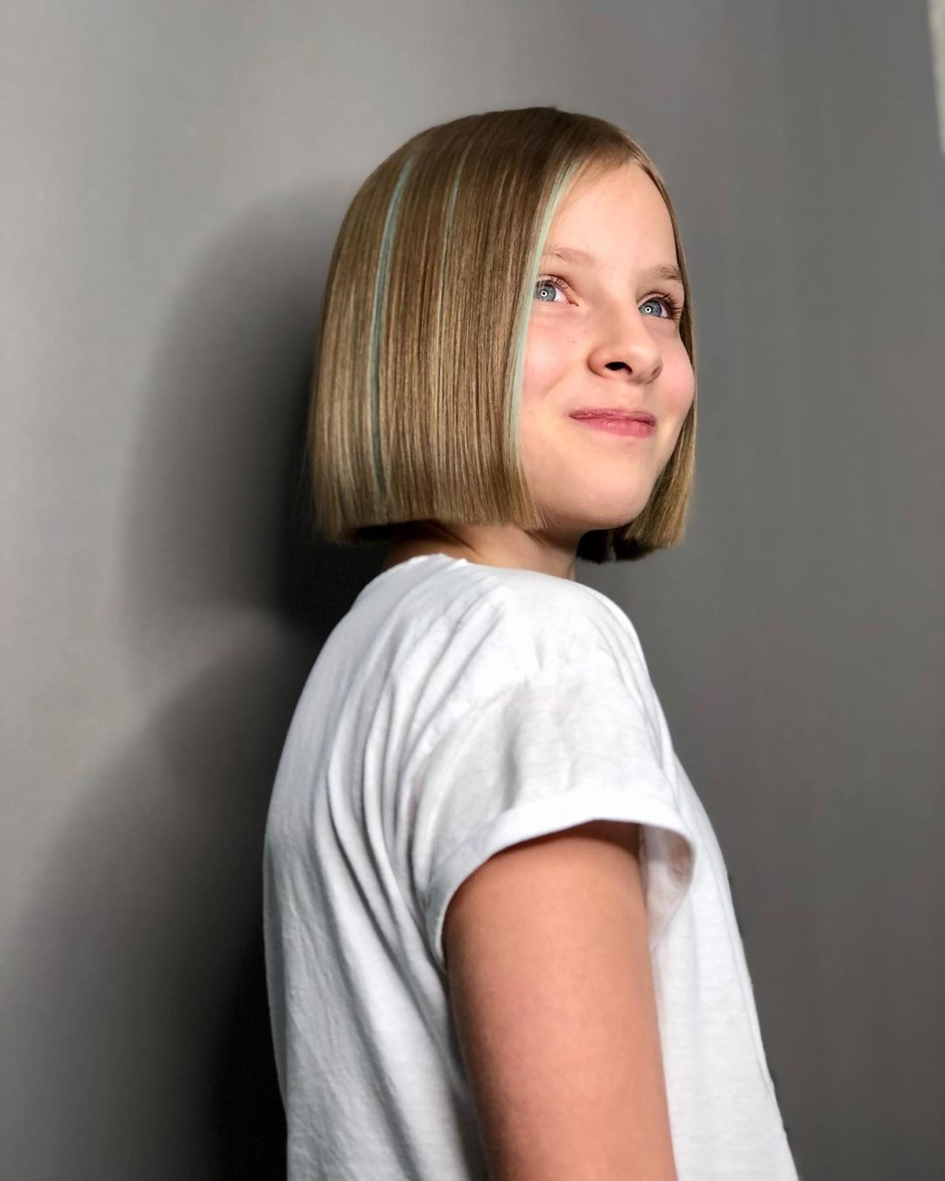 A nice bob haircut for small kids.