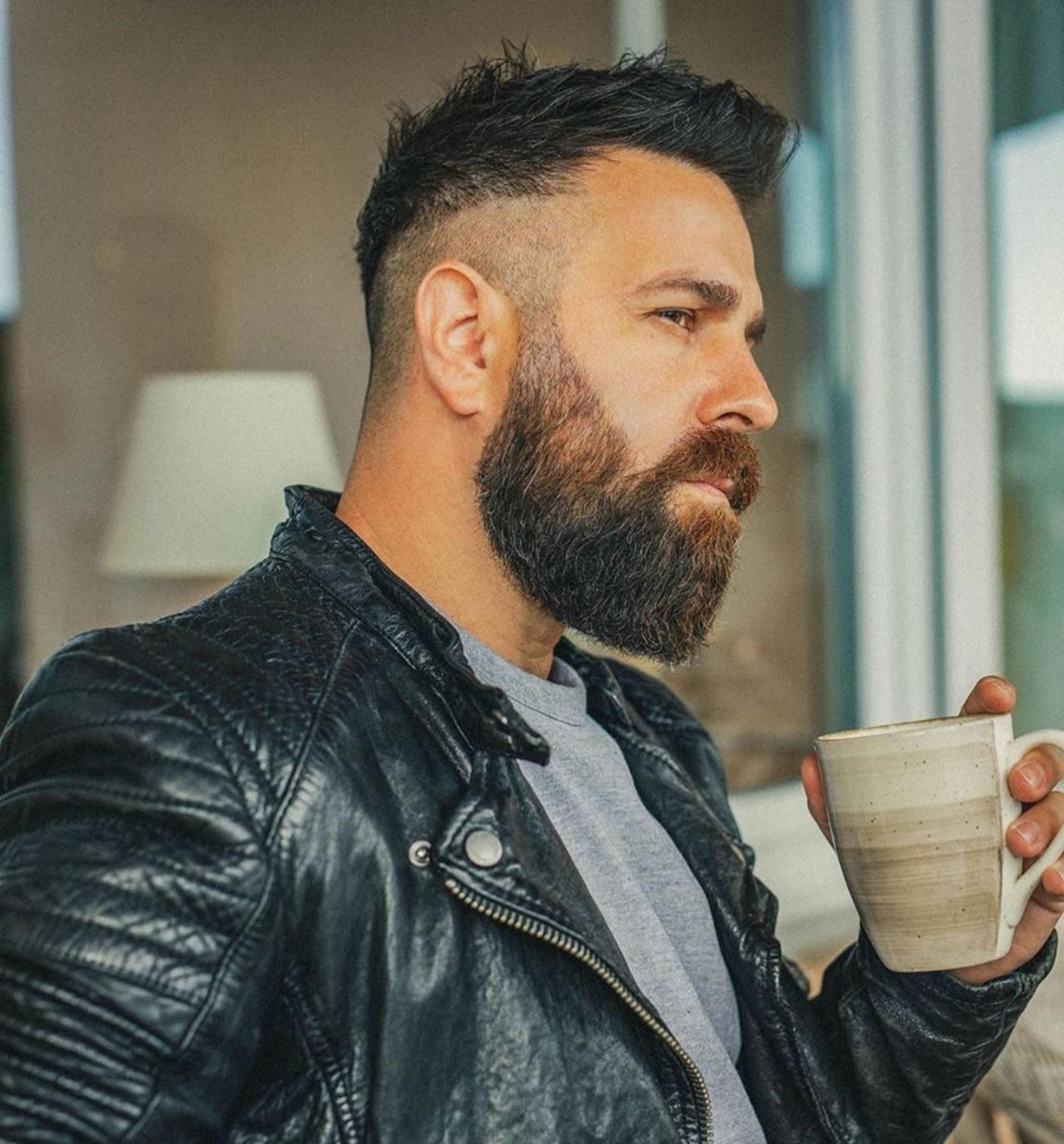 A long beard for black-haired men.