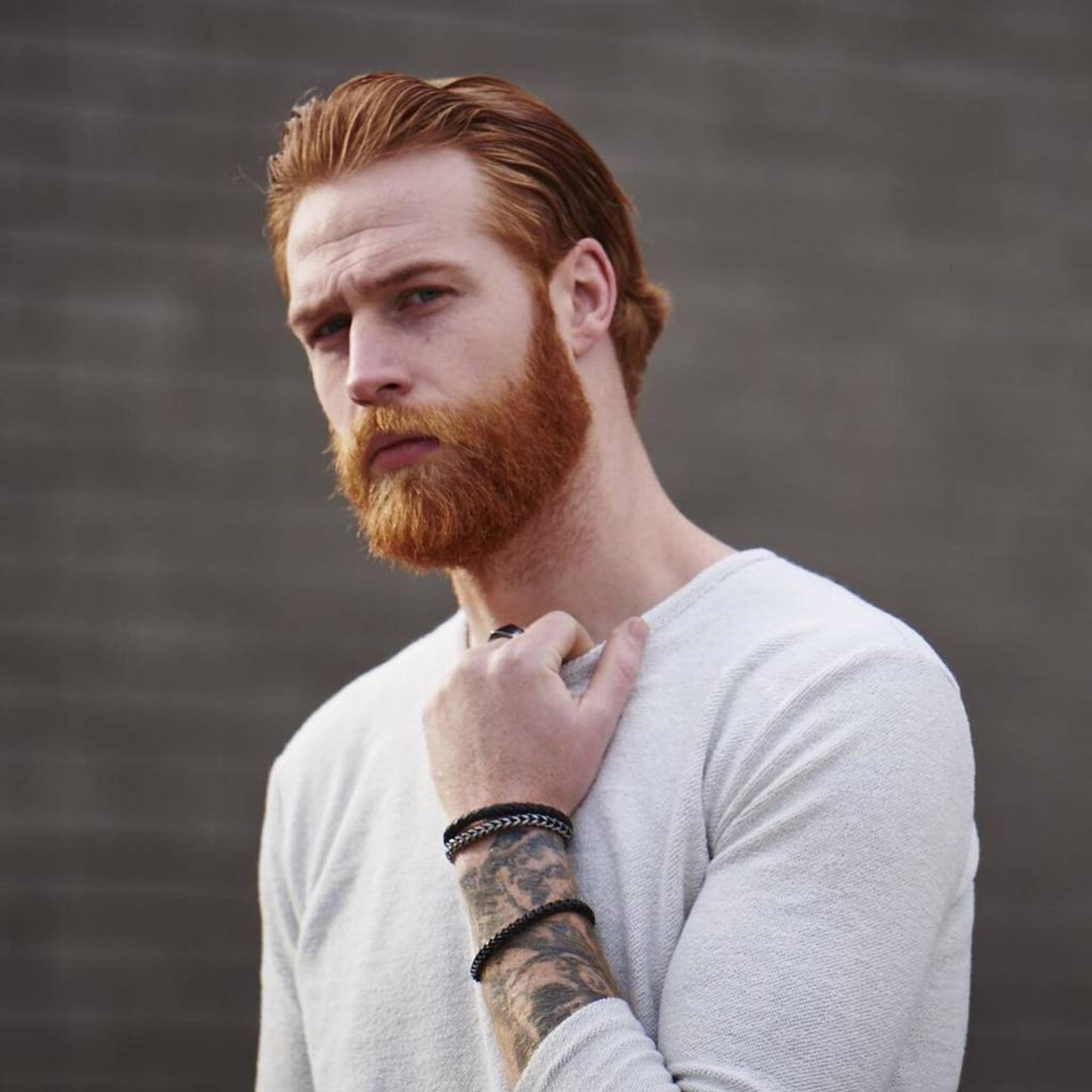 A long ginger beard for crazy guys.