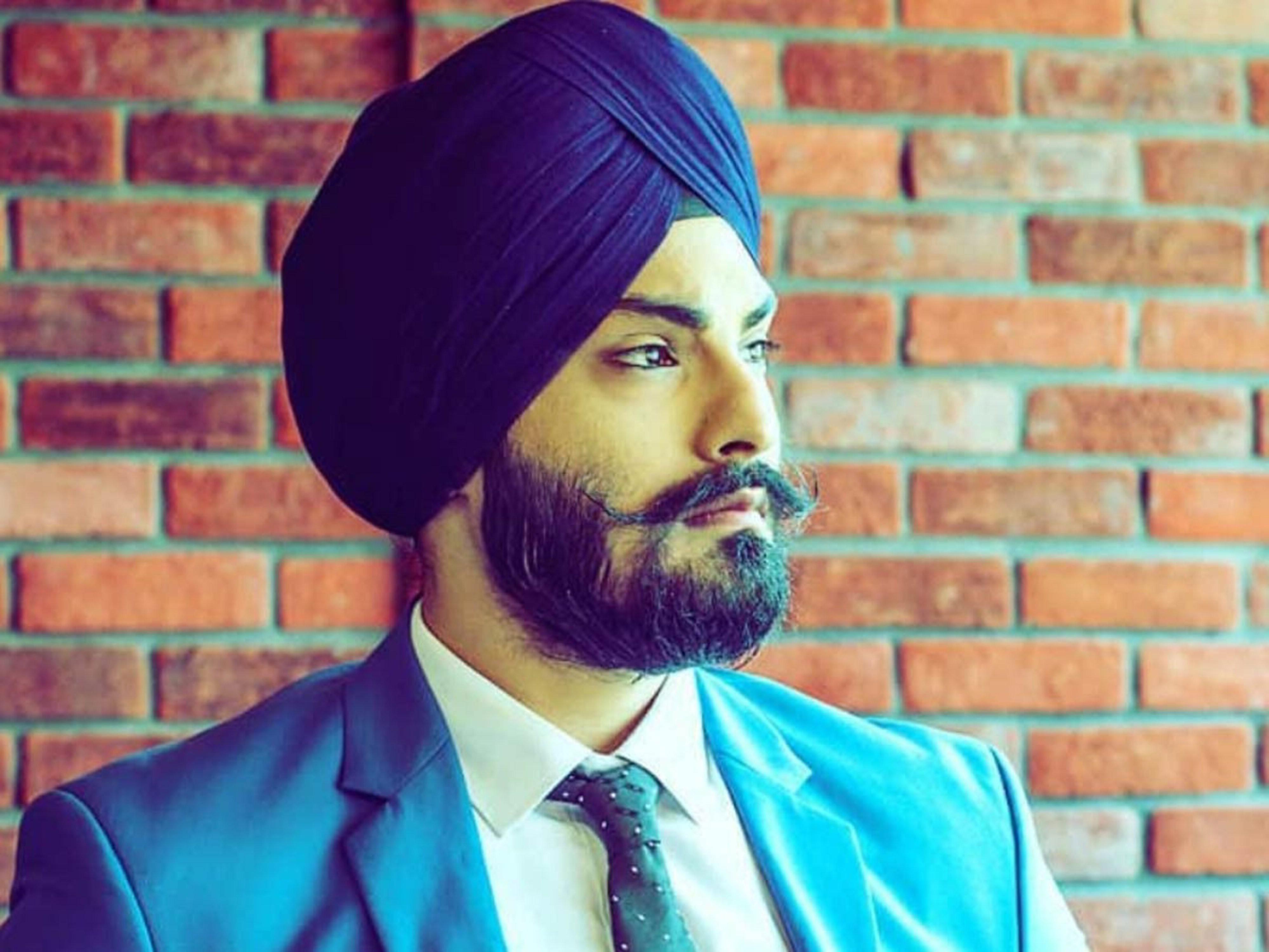A long Sikh beard for stylish males.