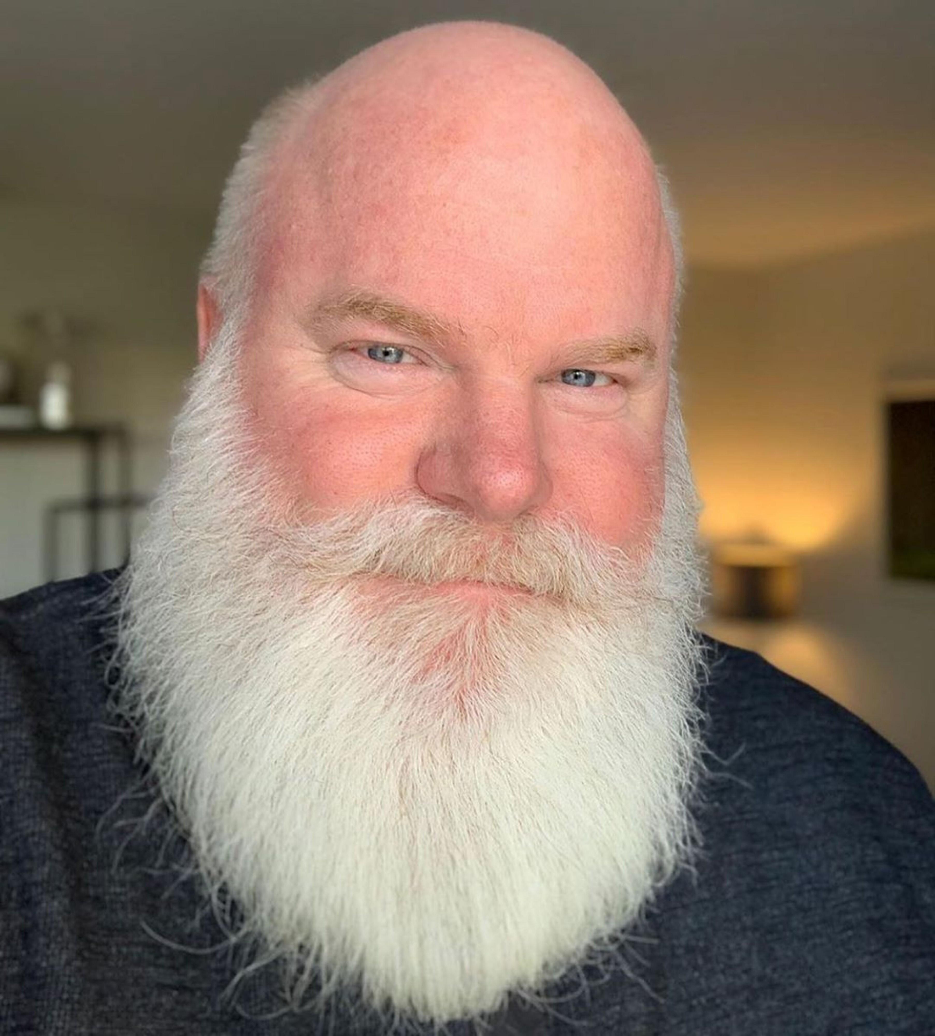 A Lumberjack long beard for men.