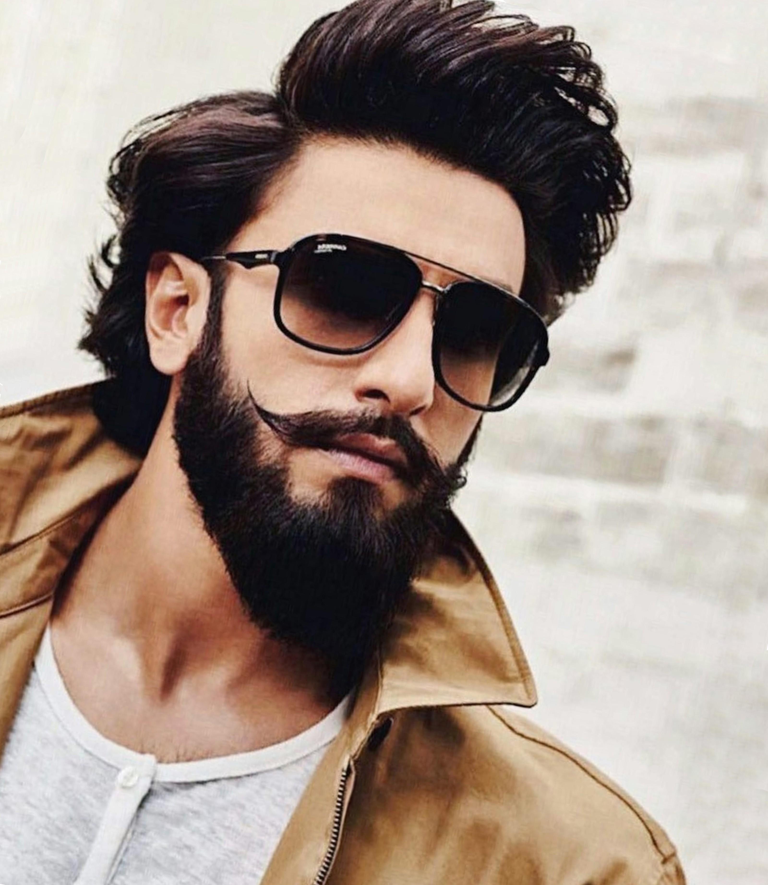A Ranveer Singh long beard look.