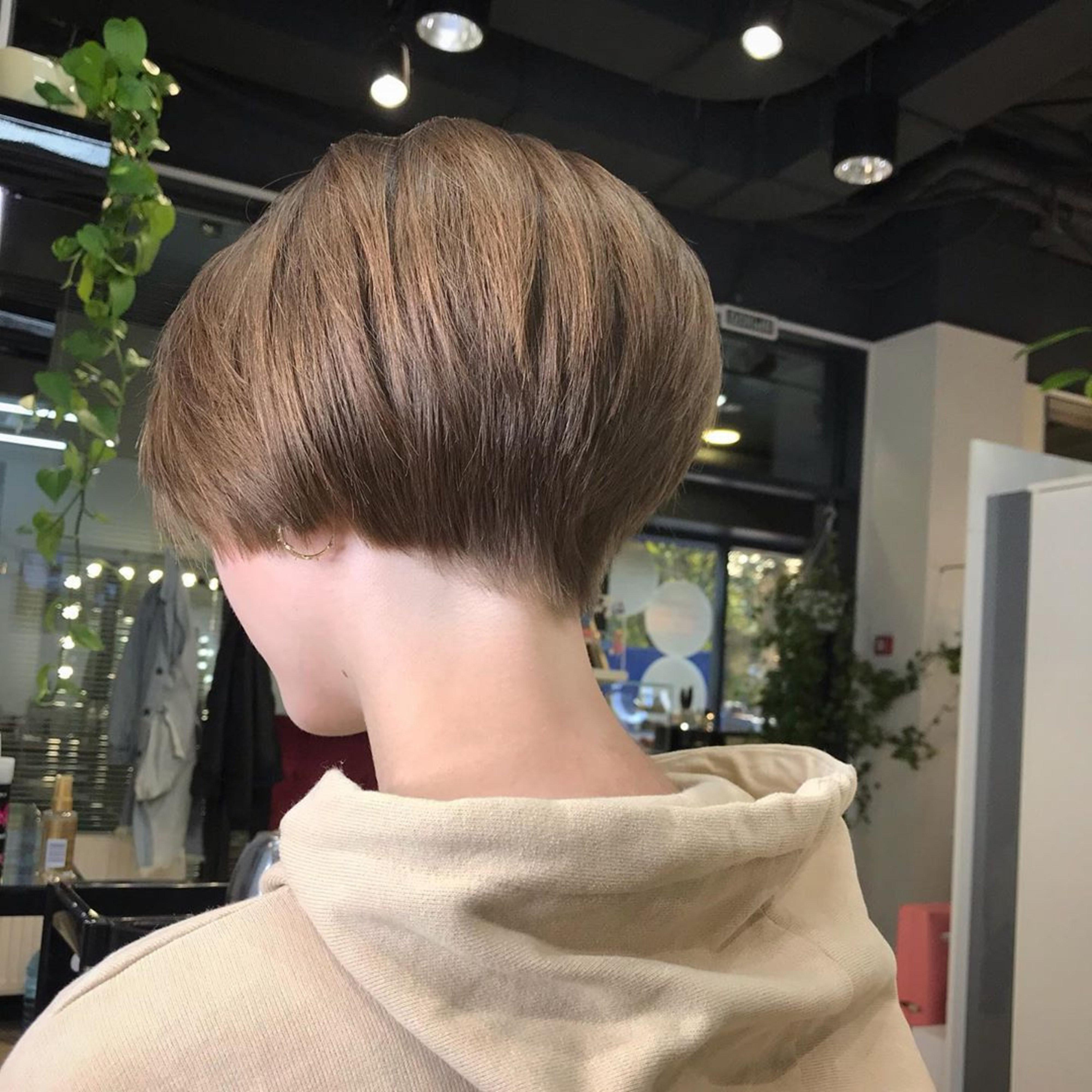 Super short bob hairstyles.