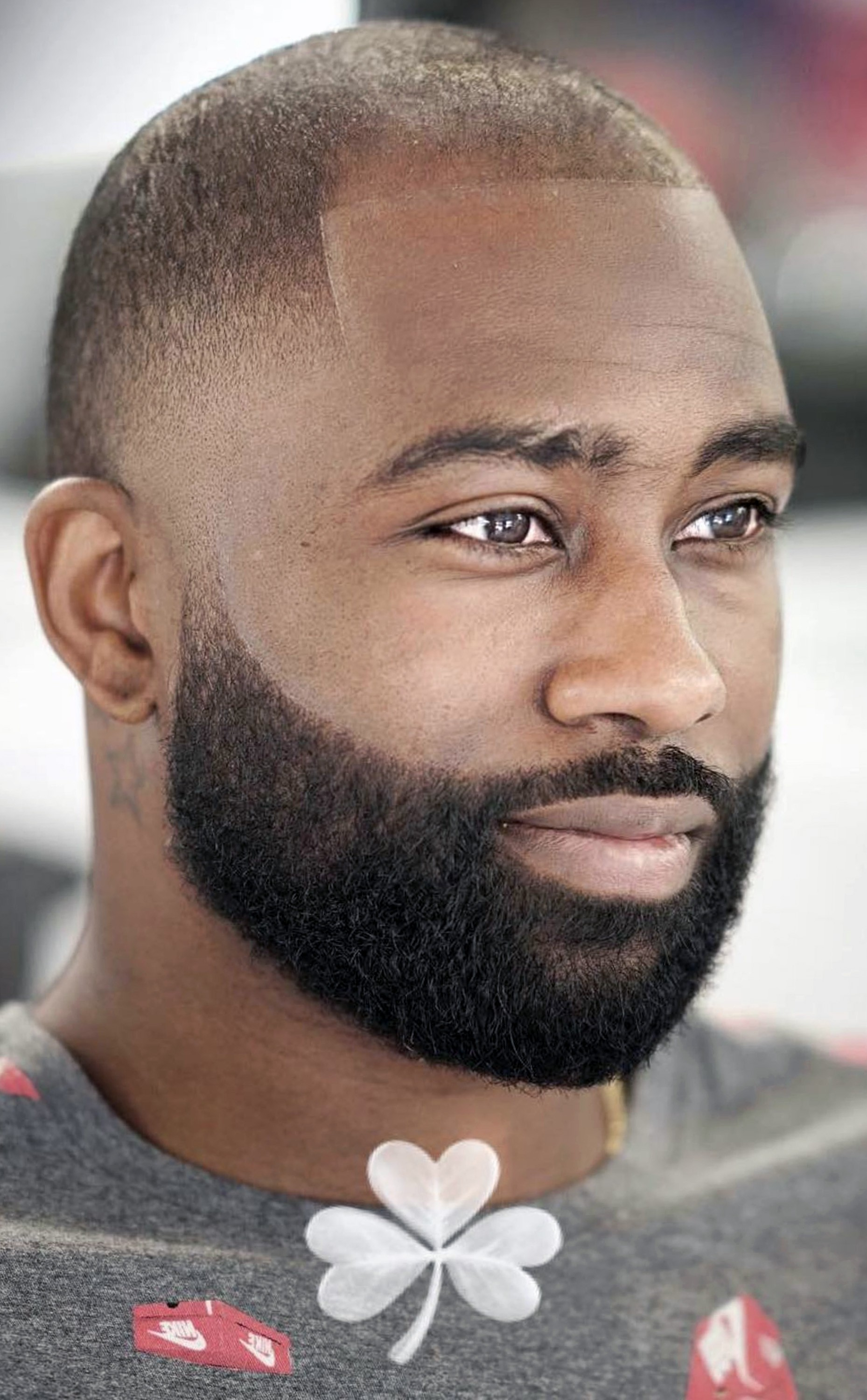 A short beard for black men.