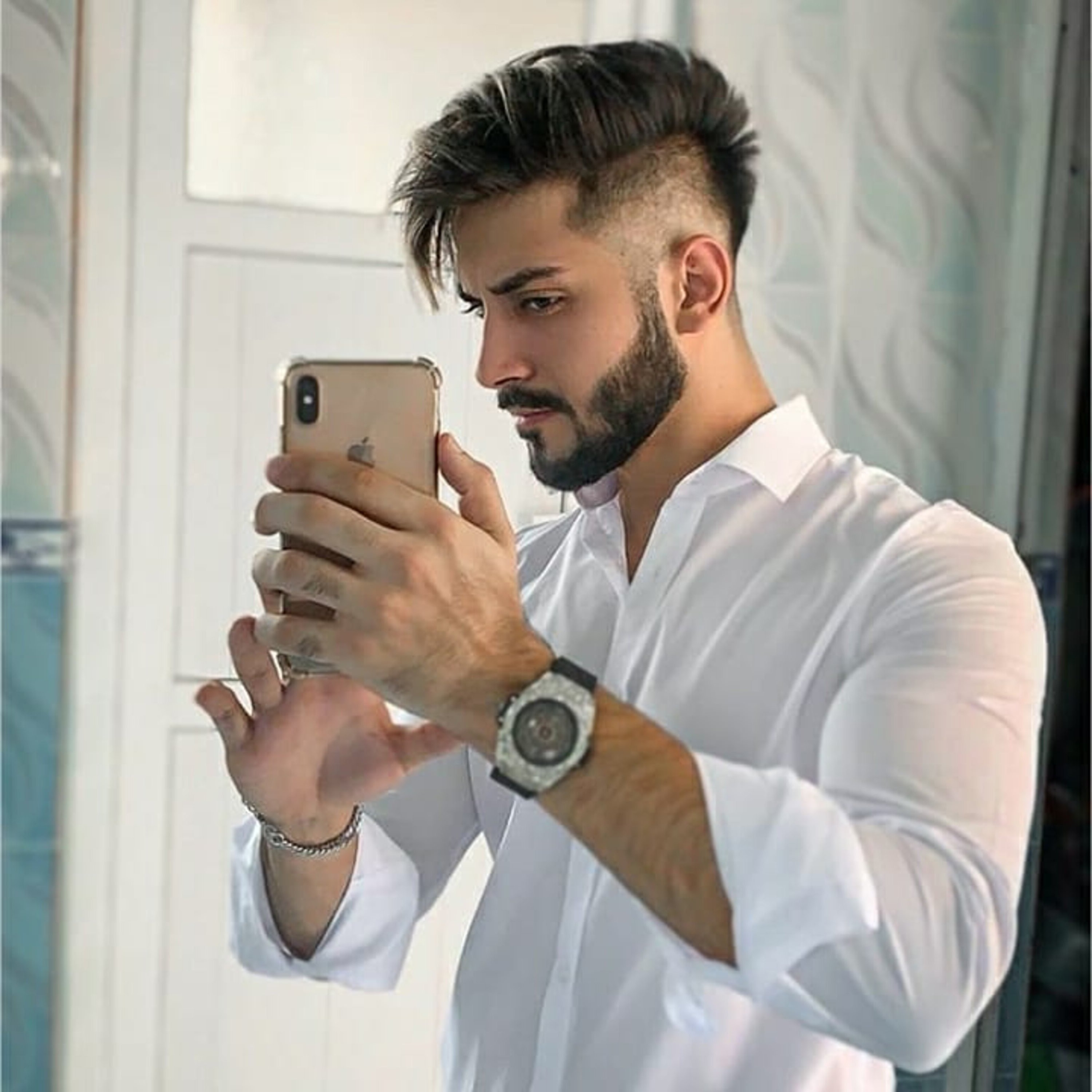 A stubble beard style for young guys.