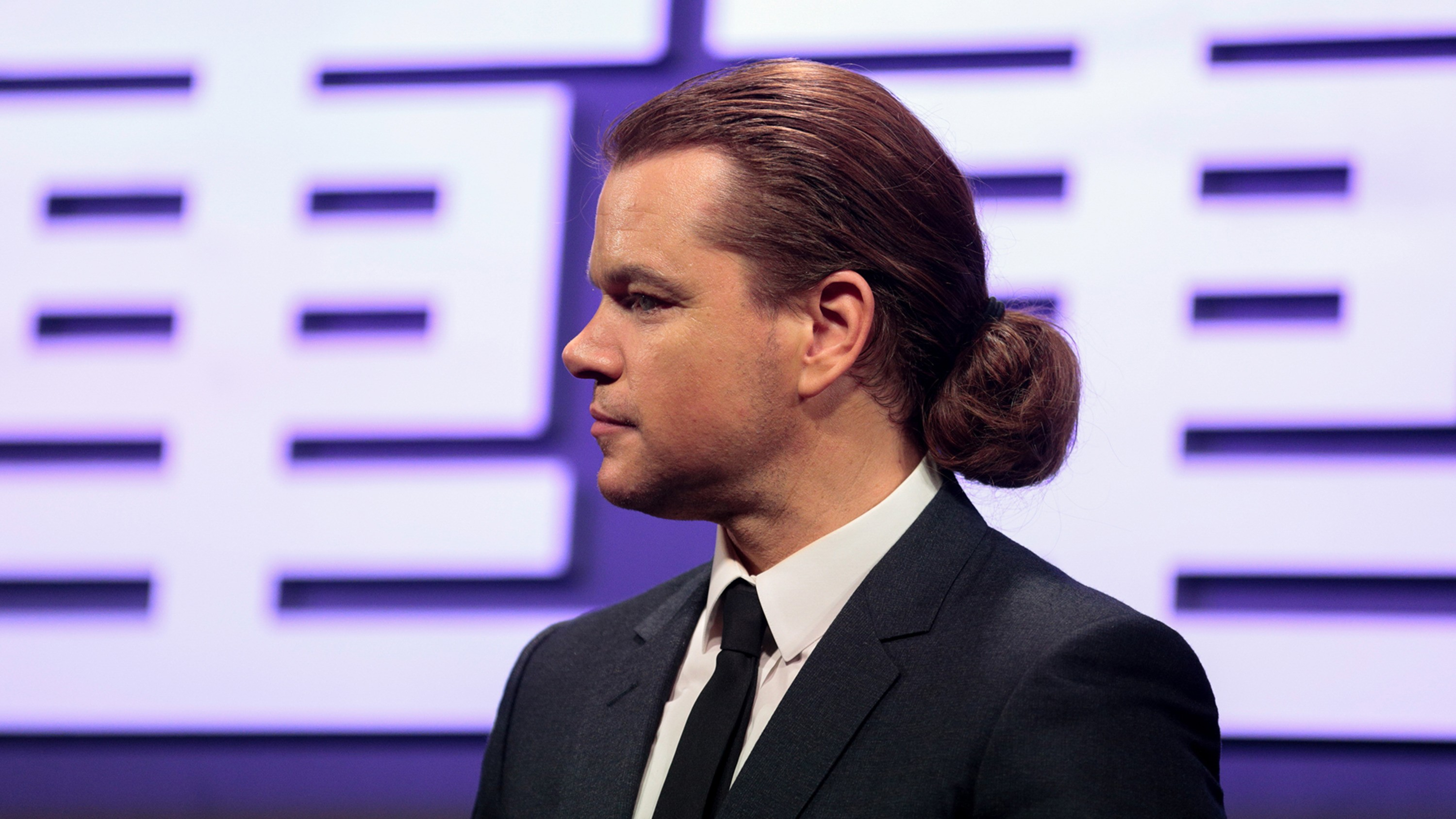 Matt Damon bun style for 2021.