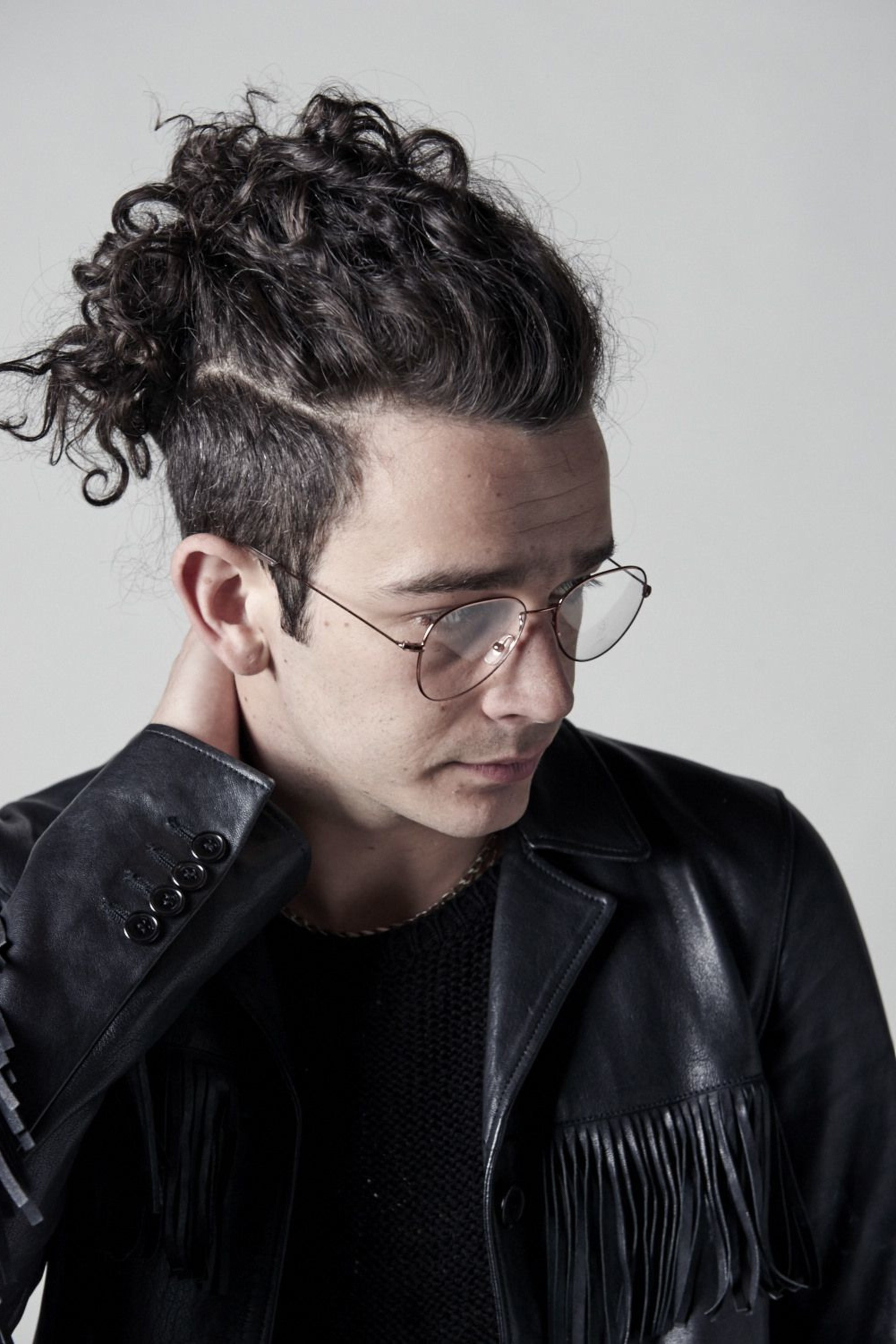 Matty Healy with his wonderful bun.