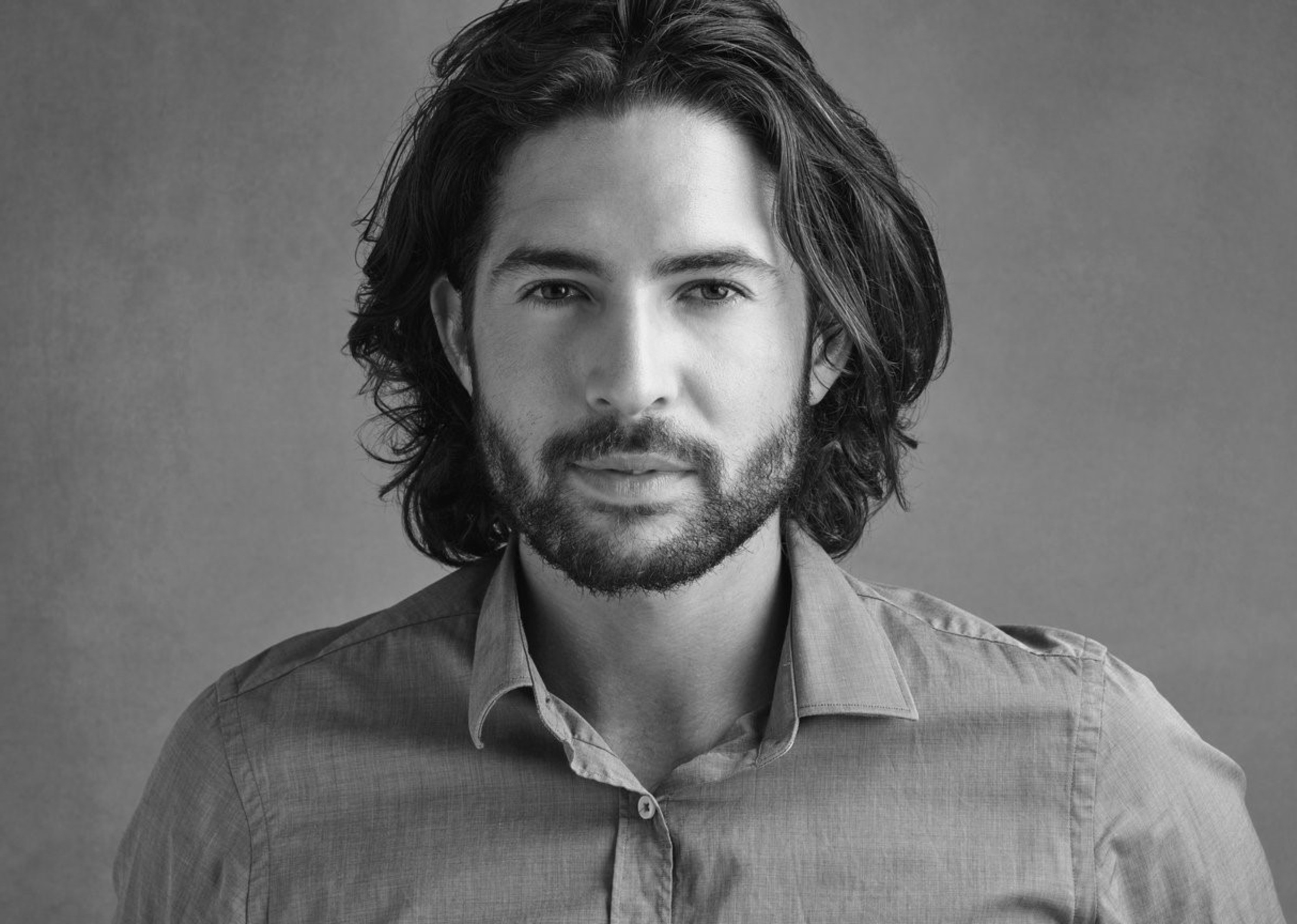 The Bro Flow Fashion hairstyle for modern men.